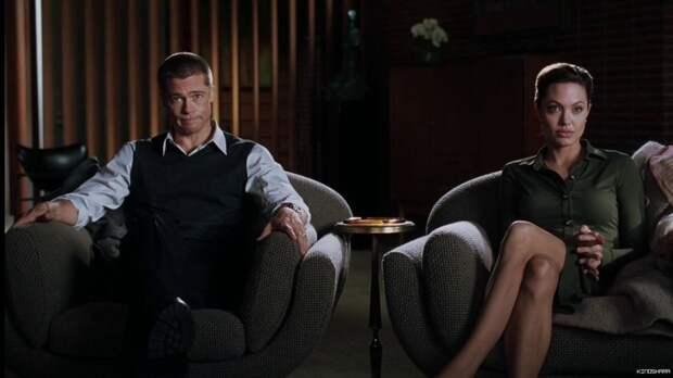 Анджелина Джоли призналась, что чувствовала себя разбитой после разрыва с Брэдом Питтом
