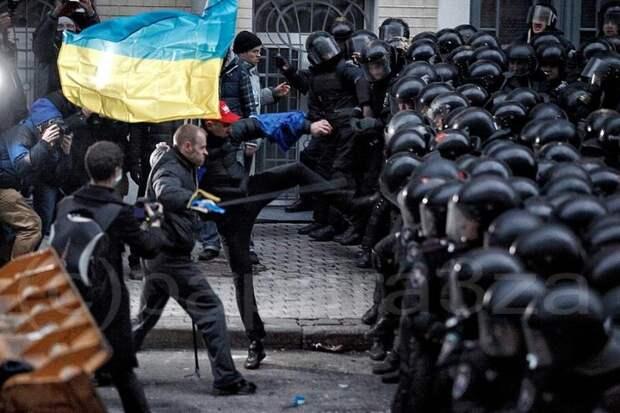 Погрязшая в бардаке Украина пугает Европу «хаосом» из-за контрактов с Газпромом