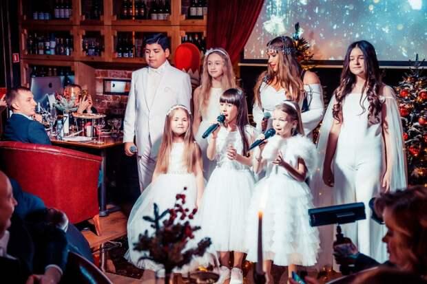 «Сон в зимнюю ночь»: Юлия Хлынина, Ирина Безрукова и Екатерина Варнава