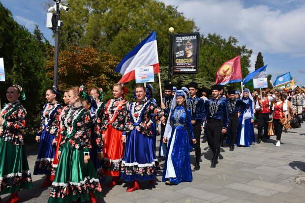 На Всероссийский фестиваль «Крымский мост» съехались более 500 участников