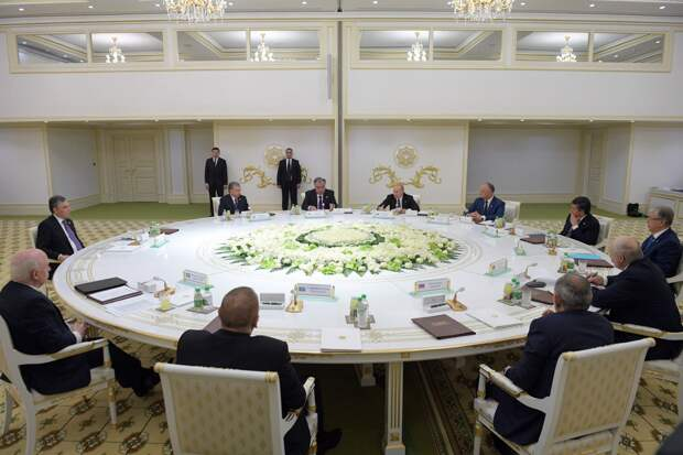 Саммит стран СНГ в Ашхабаде: укрепляя интеграционный фундамент