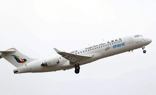 На фото: самолет ARJ21 китайской авиакомпании Genghis Khan