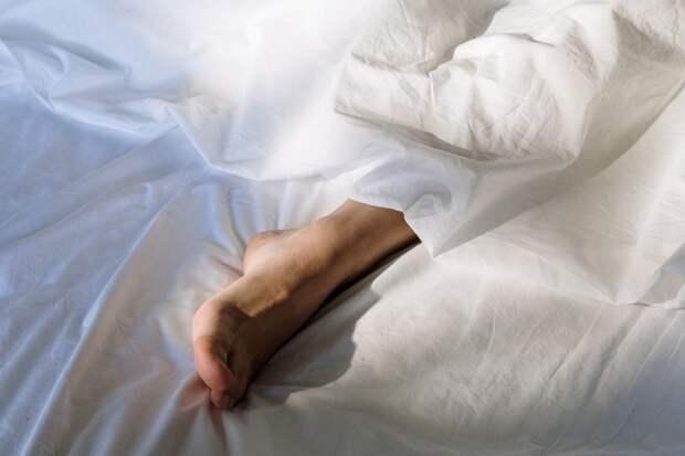 Пять способов облегчить боль при ночных судорогах в ногах