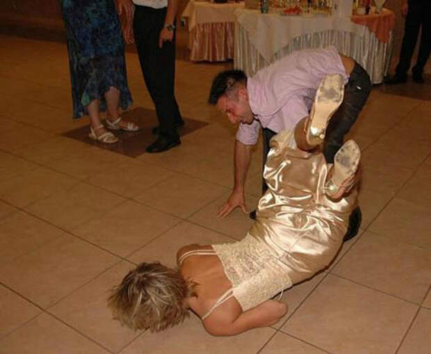 18 эпичных свадебных фото, которые хочется пересматривать, но стыдно ставить в альбом