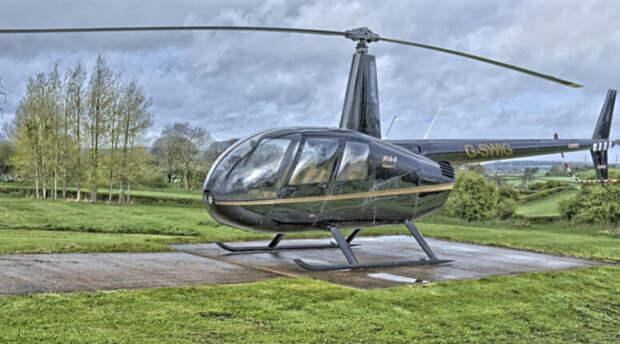 Один погибший и двое пострадавших: в Архангельской области рухнул вертолет