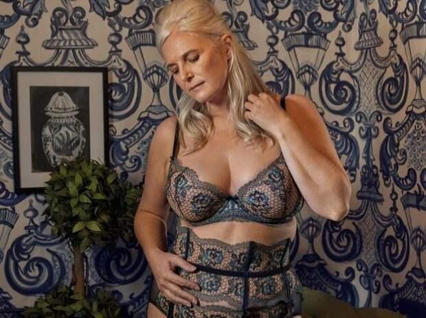 В рекламе нижнего белья появилась пожилая модель и люди в восторге