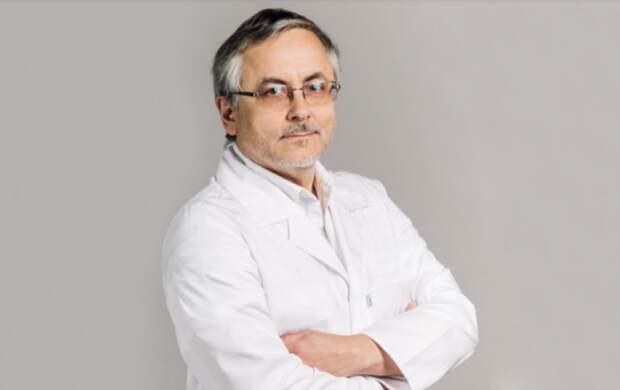 Проломил чердак: как в Петербурге обокрали квартиру нефролога, обвиняемого в убийстве жены