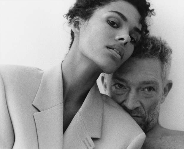 Любите друг друга: Тина Кунаки и Венсан Кассель снялись в чувственной фотосессии