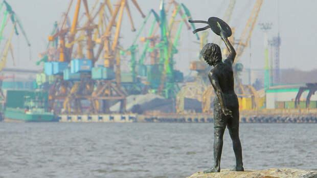 Спасение портов Прибалтики зависит от России. Вопрос надо ли это нам? Стоит ли делиться транзитом?