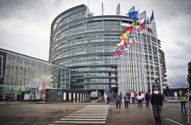 «Газпром» заставил ЕС платить занападки на Россию методом итальянской забастовки