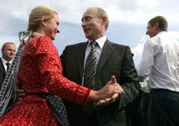 """""""Девочки, не ссорьтесь!"""" Что сулит Кремлю начатый Собчак """"женский хайп"""" на выборах"""
