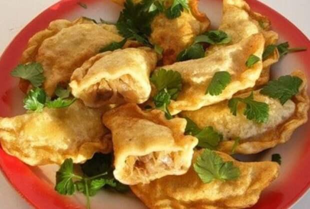 Рецепты по четвергам. Вареники с капустой (1)