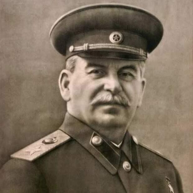 «Отец народов»: Маршал Язов о чудовищной лжи и правде о Сталине