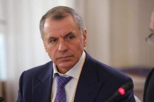 Константинов прокомментировал послание Путина Федеральному собранию