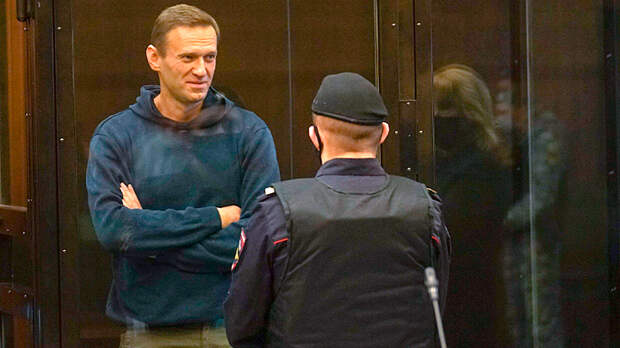 Гигант мысли, отец демократии. Навальный как агент русской имперской пропаганды