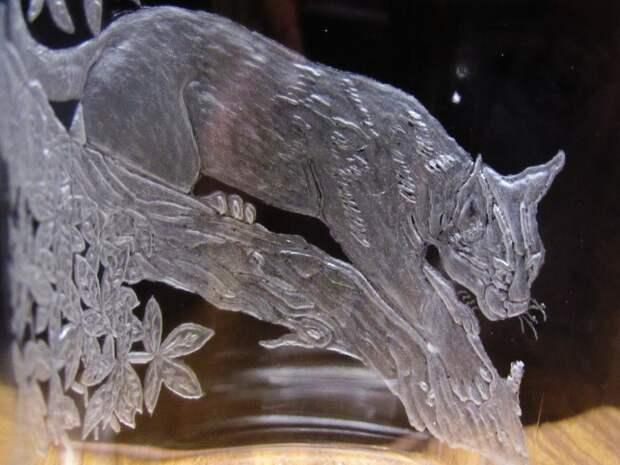Объемная гравировка по стеклу.