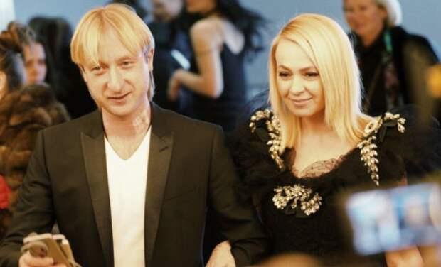 Сын Рудковской пожаловался на принуждение к съемкам