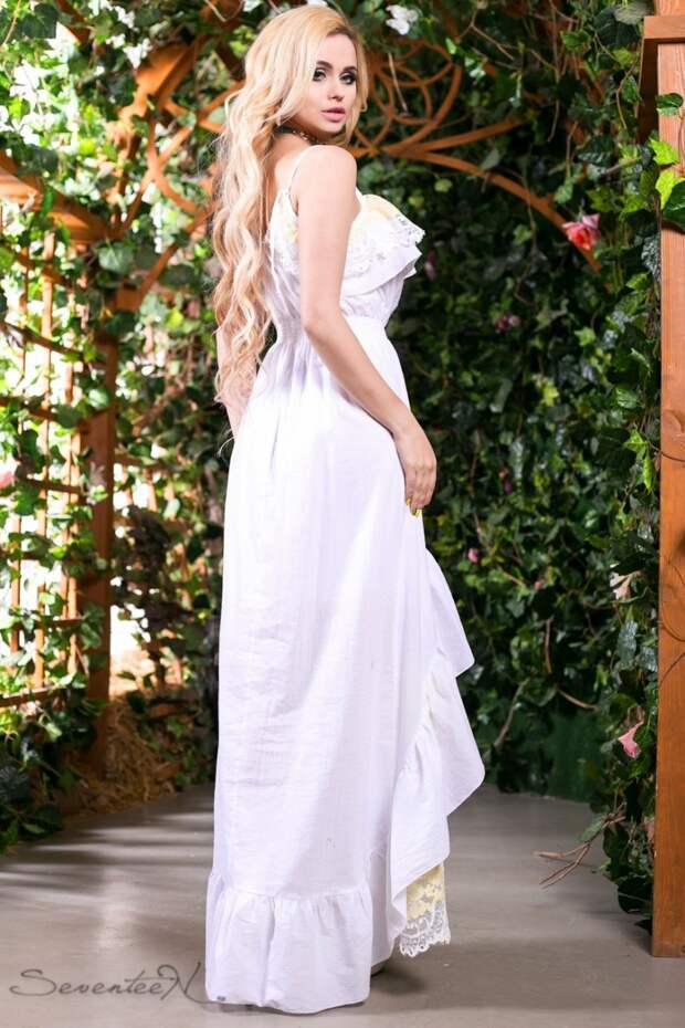 Модные белые кружевные платья: эталон женственности и красоты