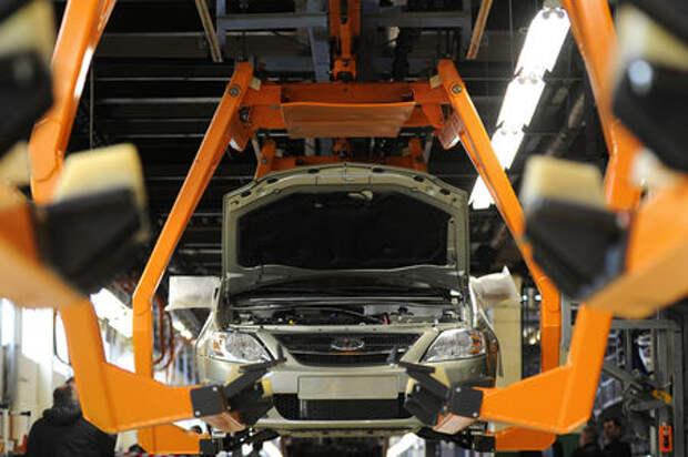 В России растет производство легковых автомобилей, грузовиков и автобусов