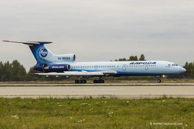"""Легендарный Ту-154 """"Ижма"""" передан в новосибирский музей истории авиации"""
