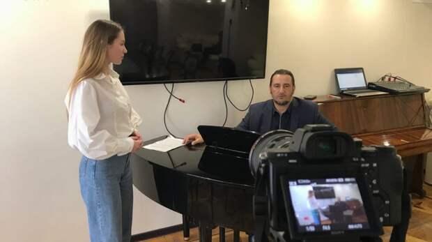 Опубликован виртуальный мастер-класс по вокалу