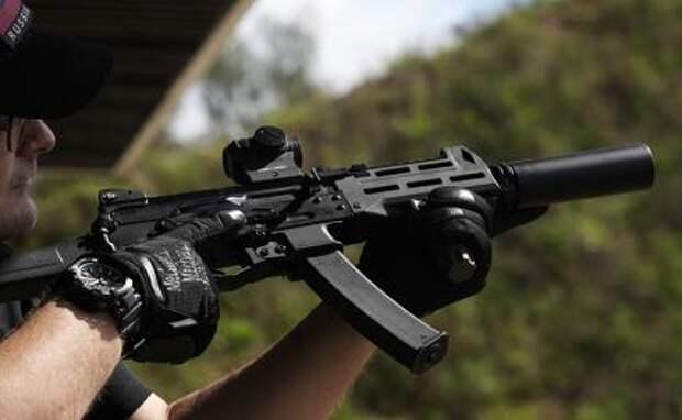 """На фото: пистолет-пулемет ППК-20 концерна """"Калашников"""""""