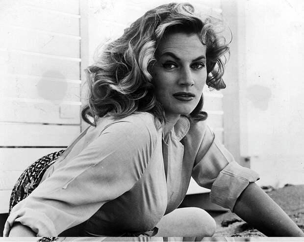 Секс-символ 1950-60-х годов Анита Экберг