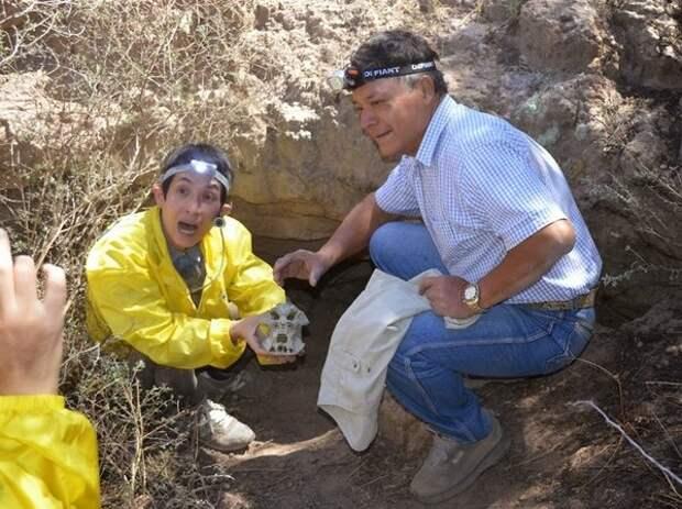 Таинственный камень Ацтлан описывает внеземной визит тысячи лет назад
