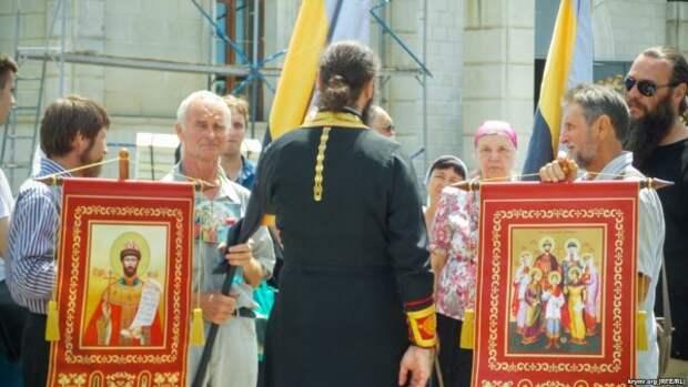 По Севастополю пронесут мощи князя Владимира