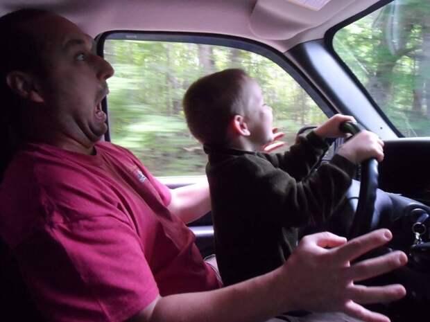 Ребёнок за рулём. Какие могут быть последствия?