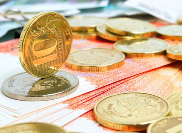 Рубль в сентябре может остаться в коридоре 72-75 за доллар