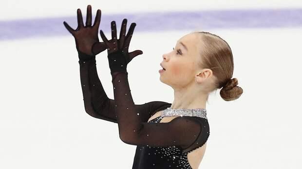 Жилина из академии Плющенко прыгнула каскад с четверным сальховом на тренировке