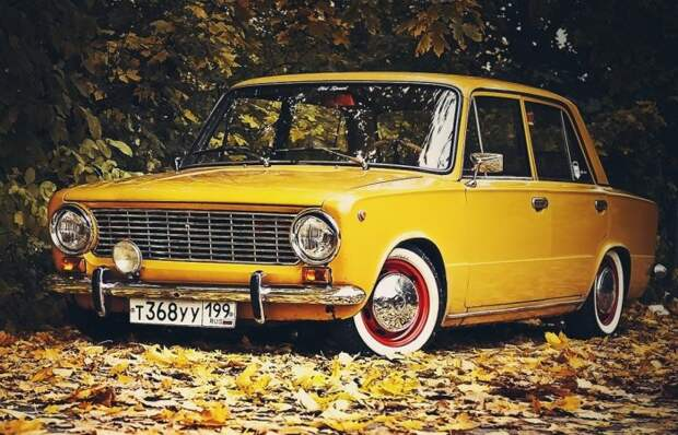 В СССР водители также любили тюнинговать свои автомобили. | Фото: stmed.net.
