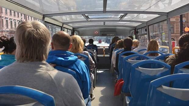 Власти Кузбасса поддержали проект о внедрении в общественный транспорт аудиогидов