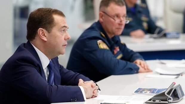 Новой должности для Медведева пока нет. Путин предложил утвердить пост зампредседателя Совбеза