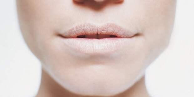 Почему ночью и утром сушит во рту? Специалисты помогли разобраться в проблеме