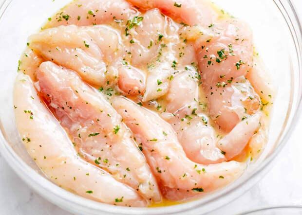 Маринад из яиц и чеснока: любое мясо за 5 минут становится мягким