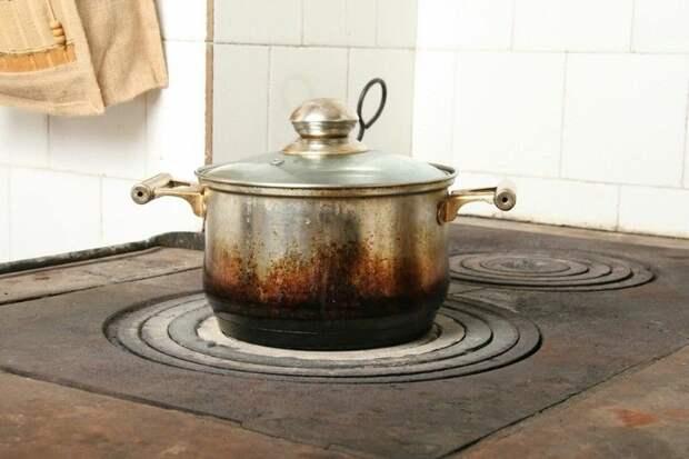 А вы уже заменили свою сковороду? Расскажу, какие кухонные гаджеты нужно периодически менять и почему