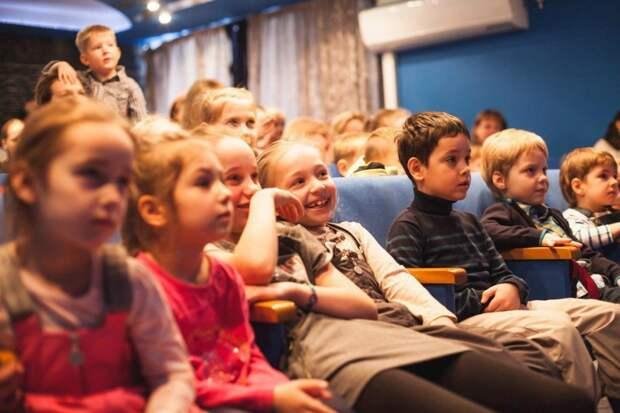 Личное: В театре кукол на улице Бажова покажут спектакль «Малыш и Карлсон»