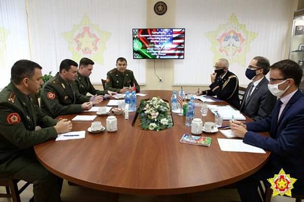 Беларусь и США обсудили обстановку в республике