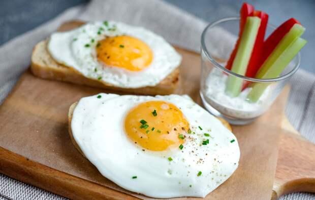 Диетологи ответили, сколько яиц можно съедать в день