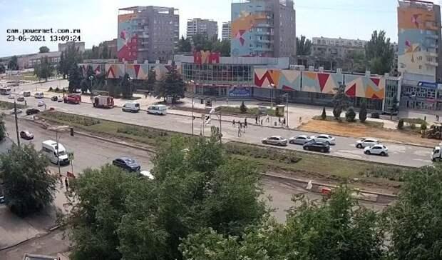 Четыре волгоградских супермаркета эвакуировали в среду