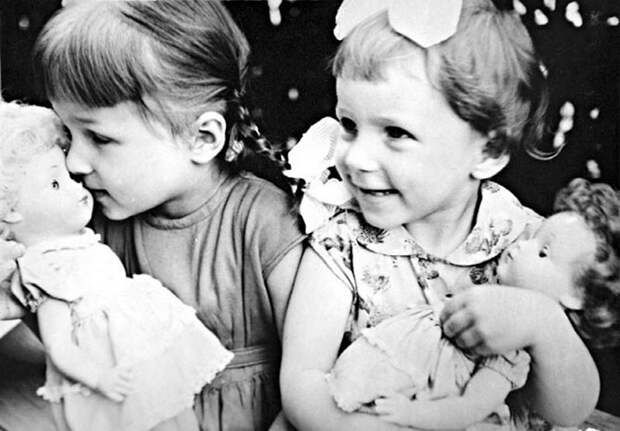 Редкие фотографии молодого Бориса Ельцина