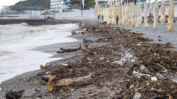 Глава Крыма оценил ущерб от наводнения в Ялте