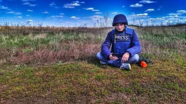 От украинского гея-журналиста с нацистскими наклонностями отреклась мать