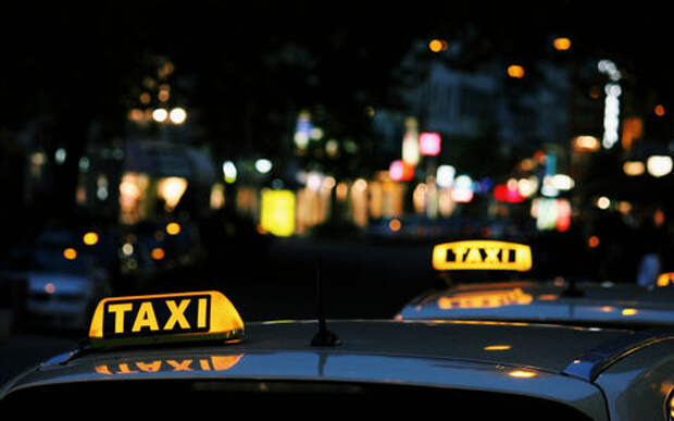 В Москве составили портрет попадающего в аварии таксиста