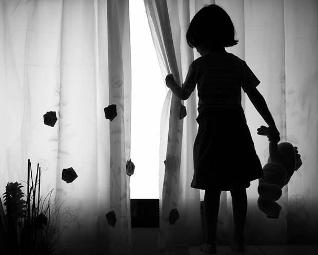Психолог -  о том, почему свидетель насилия страдает так же, как и жертва