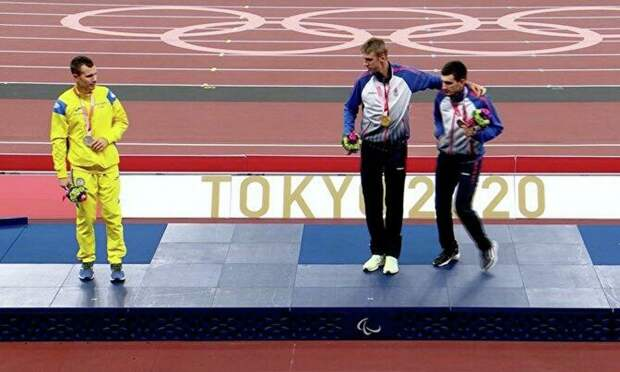 Украинский паралимпиец объяснил свой отказ фотографироваться вместе с россиянами на пьедестале. Теперь с нетерпением будем ждать забега на 200 м