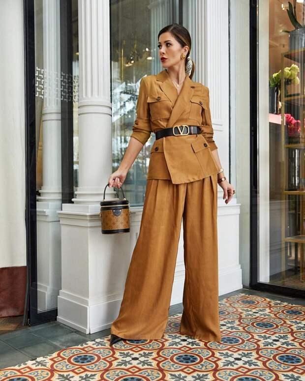 12 идей с чем носить брюки палаццо, чтобы создать женственный и стильный образ