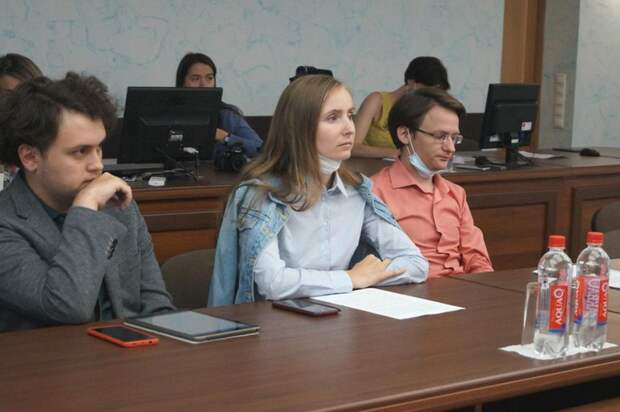 Горожане предложили пути решения проблем благоустройства спикеру Гордумы Ижевска Олегу Гарину